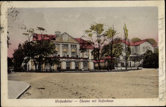 Ak Wolfenbüttel in Niedersachsen, Theater mit Kaffeehaus, Gesamtansicht, Straßenseite