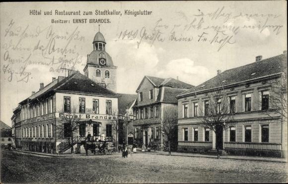 Ak Königslutter an der Elm, Hotel und Restaurant zum Stadtkeller, Inh. Ernst Brandes, Kirchturm
