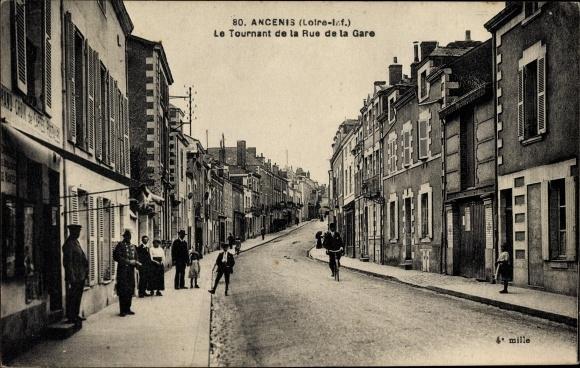 Ak Ancenis Loire Atlantique, Le Tournant de la Rue de la Gare