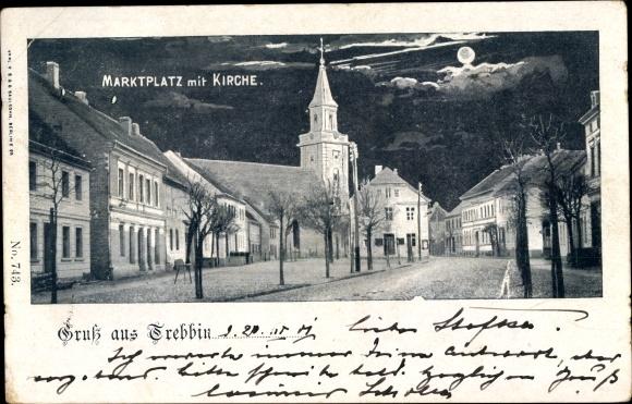 Mondschein Ak Trebbin in Brandenburg, Marktplatz m. Kirche, Häuserfassaden