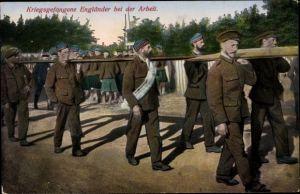 Ak Kriegsgefangene Engländer bei der Arbeit, I. WK