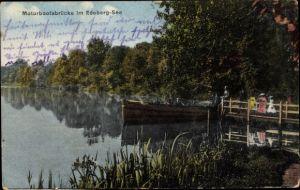 Ak Plön in Schleswig Holstein, Motorbootsbrücke im Edeberg See