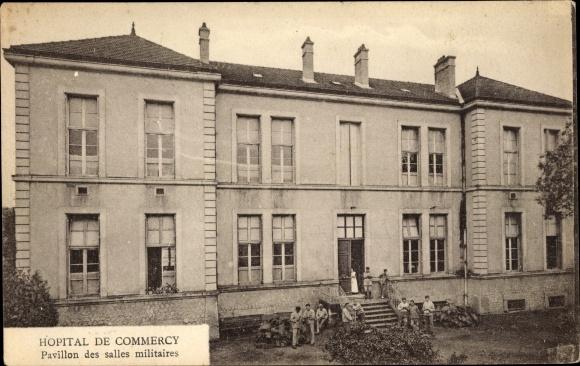 Ak Commercy Lothringen Meuse, Hôpital, Pavillon des salles militaires