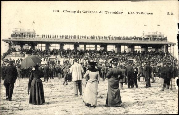 Ak Tremblay Ille et Vilaine, Champ de Courses, Les Tribunes