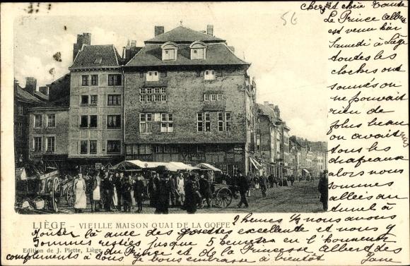 Ak Liège Lüttich Wallonien, Vieille Maison quai de la Goffe, Passants