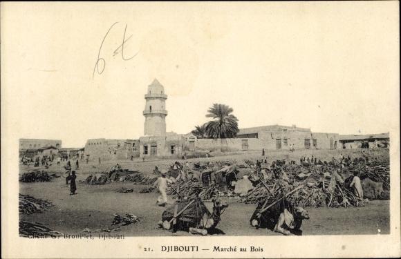Ak Djibouti Dschibuti, Marché au Bois, chameaux