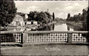 Ak Herford in Nordrhein Westfalen, An der Werre, Blick von der Brücke aus