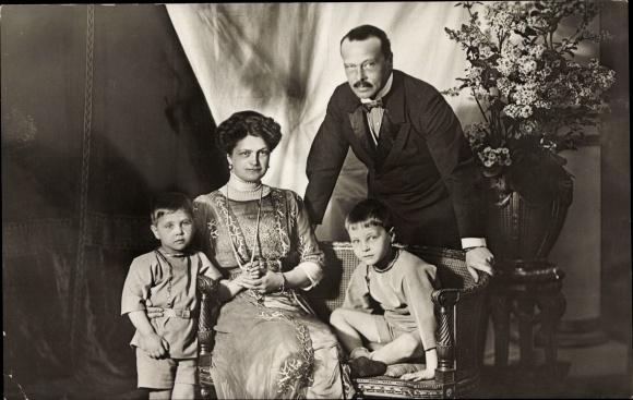 Ak Großherzog Ernst Ludwig von Hessen Darmstadt, Großherzogin Eleonore, Georg, Ludwig