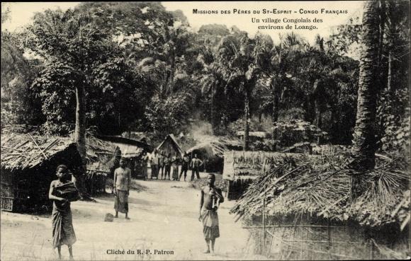 Ak Loango Französisch Kongo, Missions des Pères du Saint Esprit, Un village Congolais