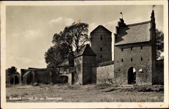 Ak Wittstock Dosse in der Ostprignitz, Partie an der Stadtmauer