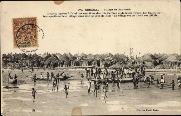 Ak Senegal, Village de Fadiouth, Dorfansicht, Anwohner
