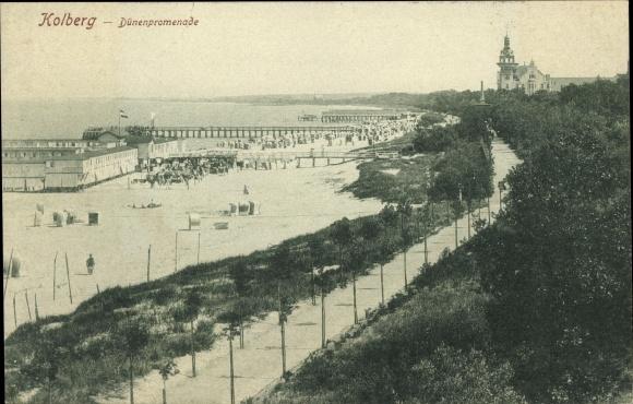 Ak Kołobrzeg Kolberg Pommern, Dünenpromenade, Seebrücke