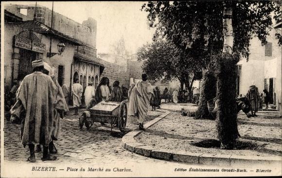 Ak Bizerte Tunesien, Place du Marché au Charbon, Straßenpartie