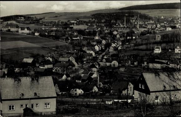 Ak Grünhain Beierfeld im Erzgebirge Sachsen, Panorama vom Ort