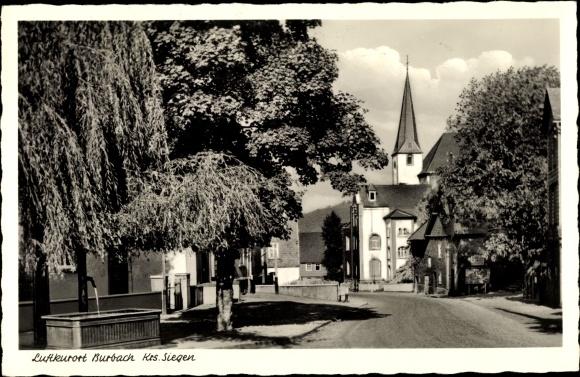 Ak Burbach in Nordrhein Westfalen, Luftkurort, Blick auf die Kirche