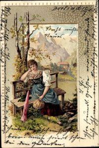 Präge Litho Frau in Dirndl auf einer Bank sitzend, bayerische Tracht