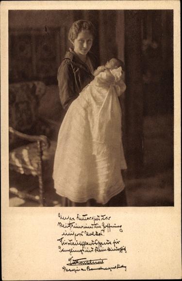 Ak Prinzessin Victoria Luise von Preußen, Portrait mit Baby