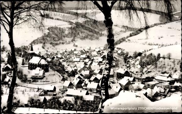 Ak Züschen Winterberg im Sauerland, Wintersportplatz, Sicht auf den Ort