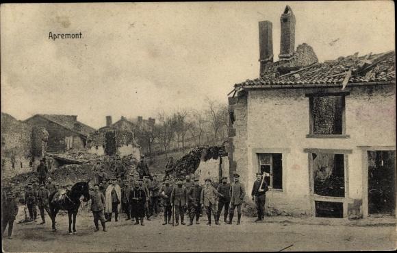 Ak Apremont Lothringen Meuse, Deutsche Soldaten, Kriegszerstörungen, I. WK