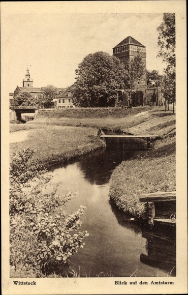 Ak Wittstock Dosse in der Ostprignitz, Amtsturm, Flusspartie