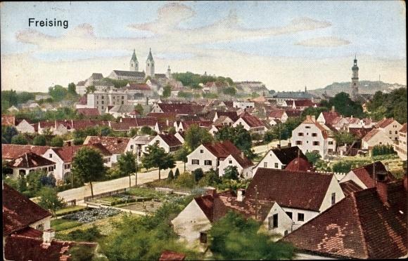 Ak Freising in Oberbayern, Blick von der schönen Aussicht über die Dächer der Stadt
