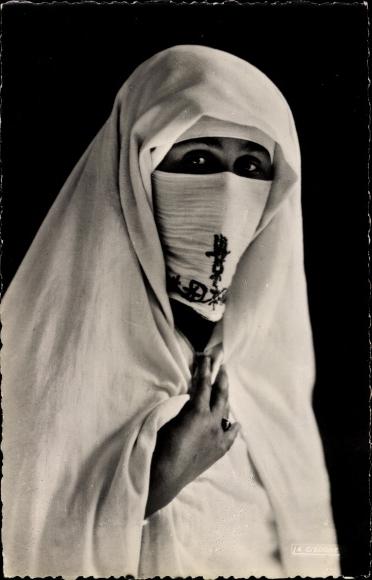 Ak Scenes et Types Maghreb, Mystère, Portrait einer verschleierten Frau