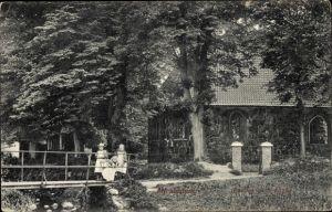 Ak Hamburg Altrahlstedt Wandsbek, Partie b. d. Kirche, Brücke, Kinder
