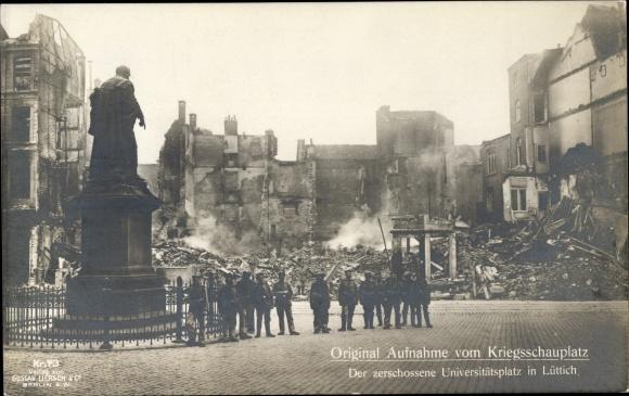 Ak Liège Lüttich Wallonien, Kriegszerstörungen, I. WK, Zerschossener Universitätsplatz, Dt. Soldaten