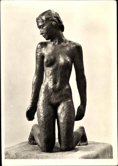 Ak Plastik von Georg Kolbe, Kniende, Frauenakt