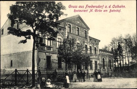 Ak Fredersdorf Vogelsdorf in Brandenburg, Restaurant M. Girke am Bahnhof