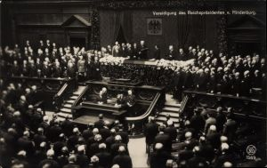 Ak Vereidigung des Reichspräsidenten von Hindenburg 1925 im Reichstag, Politiker, Weimarer Republik