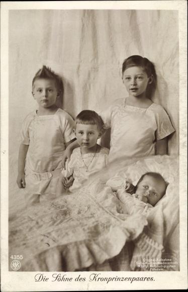 Ak Die Söhne des Kronprinzenpaares, Preußische Prinzen, NPG 4355