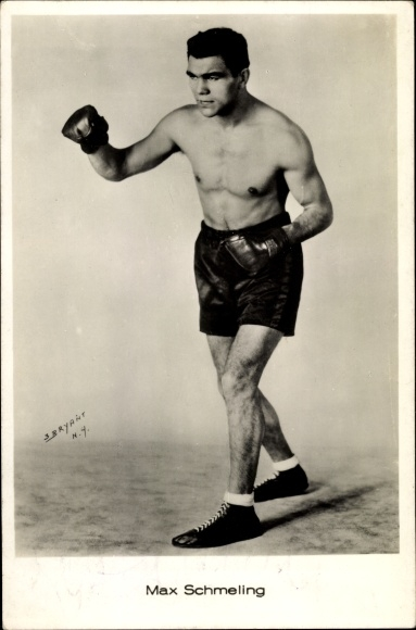 Ak Boxer Max Schmeling in Kampfpose, Boxhandschuhe, Autogramm