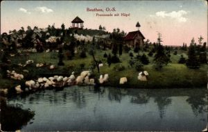 Ak Bytom Beuthen Oberschlesien, Promenade mit Hügel, Pavillon, Uferpartie