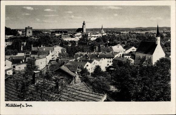 Ak Mühldorf am Inn Bayerisches Alpenvorland, Blick über die Dächer der Stadt, Kirchen