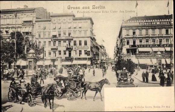 Ak Berlin Mitte, Partie an der Friedrichstraße Ecke Unter den Linden, Pferdekutschen, Victoria Hotel