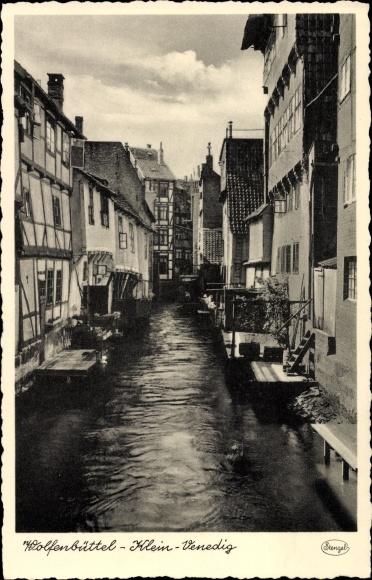 Ak Wolfenbüttel in Niedersachsen, Klein Venedig, Wohnhäuser am Kanal