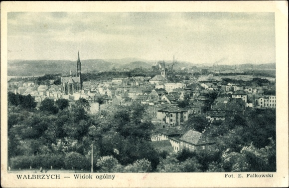 Ak Wałbrzych Waldenburg Schlesien, Panorama vom Ort