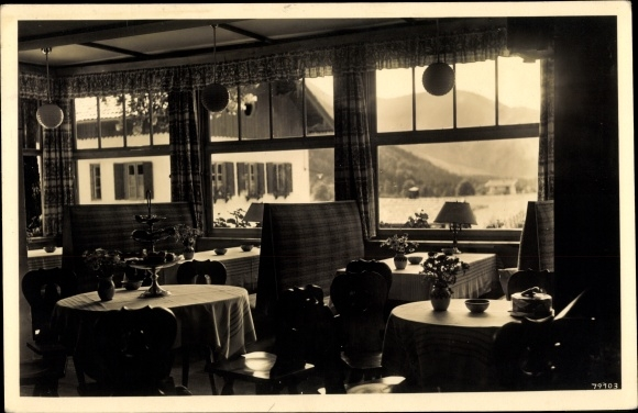 Ak Bayrischzell im Mangfallgebirge Oberbayern, Café Königslinde, Innenansicht, Blick durchs Fenster