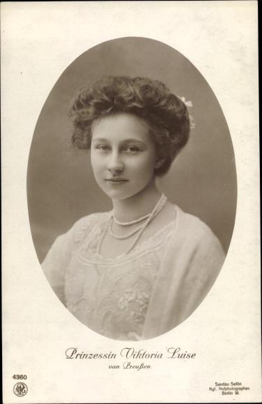 Passepartout Ak Prinzessin Victoria Luise von Preußen, Portrait, NPG 4360