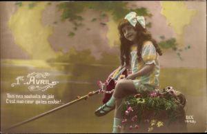 Ak 1er Avril, 1. April, Mädchen mit Kescher am Flussufer, Fische