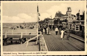 Ak Selenogradsk Cranz Ostpreußen, Strandpromenade am Hotel Monopol