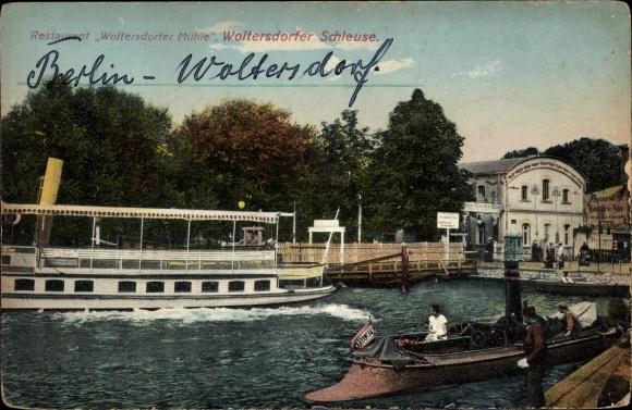 Ak Woltersdorf bei Berlin, Restaurant Woltersdorfer Mühle, Schleuse, Boote