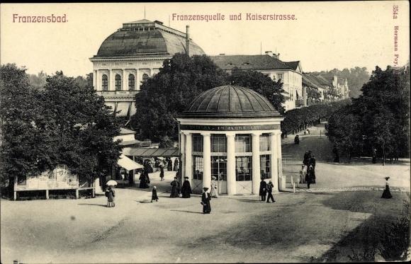 Ak Františkovy Lázně Franzensbad Reg. Karlsbad, Franzensquelle, Kaiserstraße