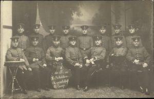 Foto Ak Deutsche Soldaten in Uniformen, III. Rekruten Korporalschaft 10. Komp., 1910-1911