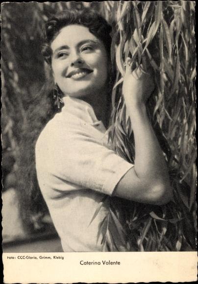 Ak Schauspielerin und Sängerin Caterina Valente, Portrait