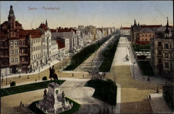 Ak Szczecin Stettin Pommern, Paradeplatz, Reiterdenkmal