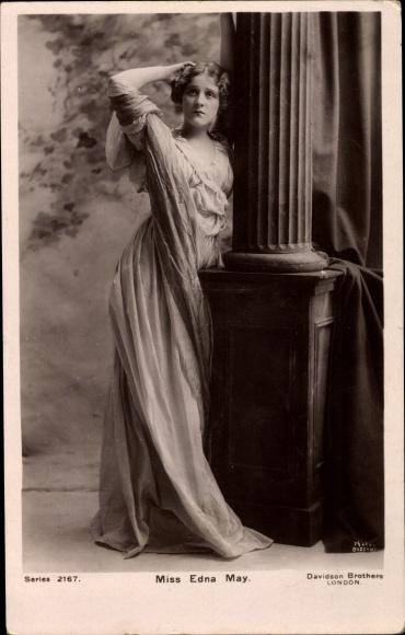 Ak Schauspielerin und Sängerin Edna May, Portrait 0