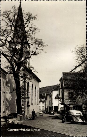 Ak Gemünd Schleiden in der Eifel, Bahnhofstraße, Kirche, Geschäft, Auto 0