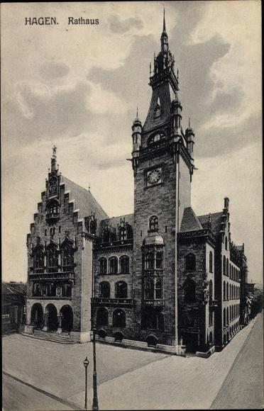 Ak Hagen in Westfalen, Rathaus, Uhrenturm, Gesamtansicht 0